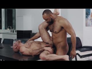 Гей секс порно негр трахает взрослого мужика gay porn interracial mature big dick muscles buff older