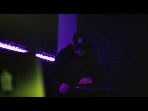 Pete Vortex Neon Palpitation Studio Live