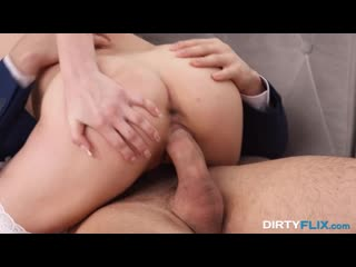 [YoungCourtesans] Kiara Gold - Oral prelude and anal love