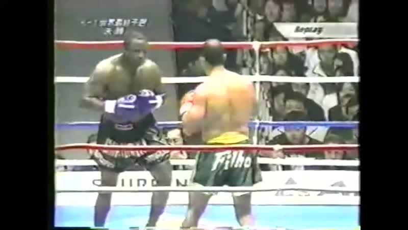 18 2001 10 08 Francisco Filho vs Lloyd van Dams K 1 World Grand Prix 2001 in Fukuoka Finals
