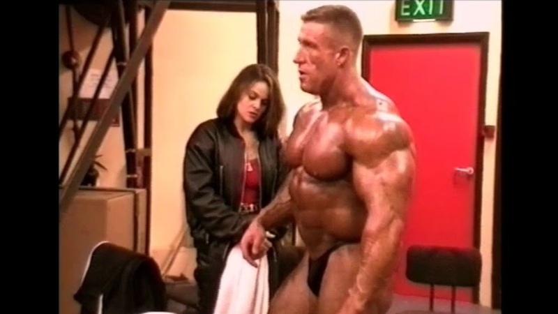Dorian Yates backstage 1996 feat Kevin Levrone Jean Pierre Fux Nasser El Sonbaty etc