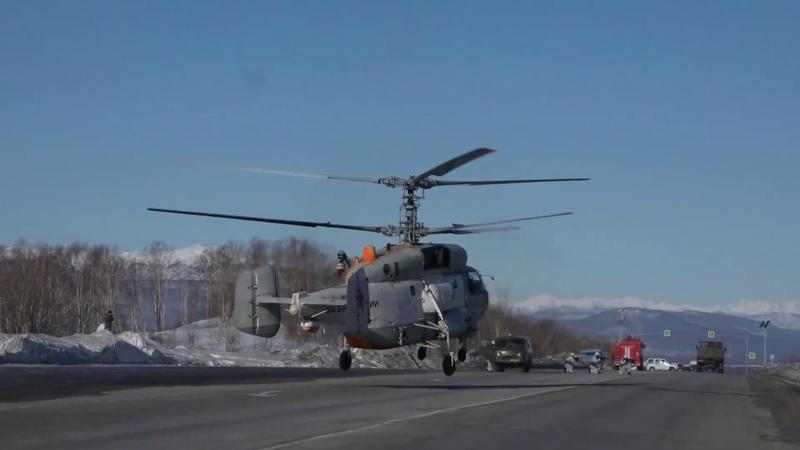 Видео Высадка противодиверсионной группы из корабельного вертолёта Ка-27ПС