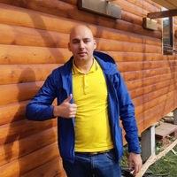 Станислав Ларин