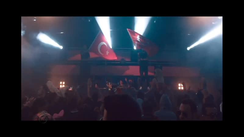 Ummet Ozcan, Arem Ozguc Arman Aydin - IZMIR © 2019