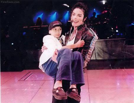 Майкл и дети, изображение №4