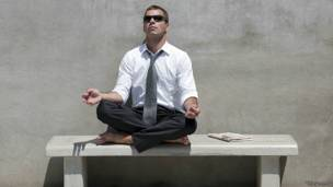 Может ли медитация замедлить процесс старения нашего организма?  X3vT6GqR8pM