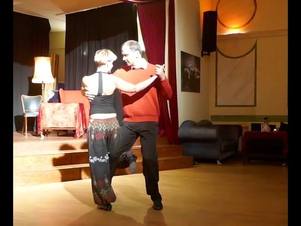 Танго Нуэво 2019 11 02 Neotango Workshop Ganchos Grundlagen mit Laurenz Wiskott Tamara Orth