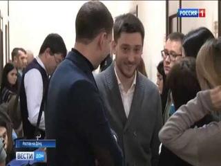 Владелец иномарки, которая расплавилась летом на парковке ростовского ТЦ, выиграл суд