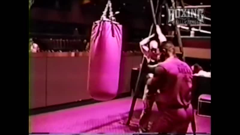 Mike Tyson Destroys Heavy Bag Atlantic City 1987