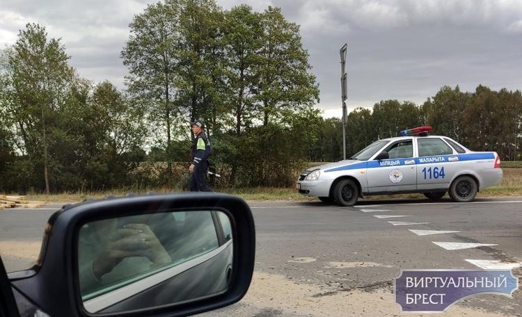"""""""Пункт назначения"""" по-Малоритски... На кольце автомобиль рассыпал балки"""