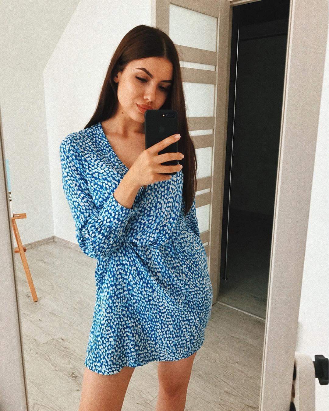 Bachelor Ukraine - Season 10 - Max Mihailuk - Contestants  - *Sleuthing Spoilers* RgAjcnk370M