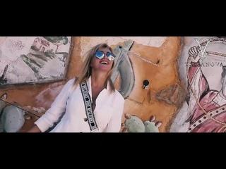 "Вика Цыганова ""Луна"" (Музыкальная презентация коллекции одежды бренда TSIGANOVA)"