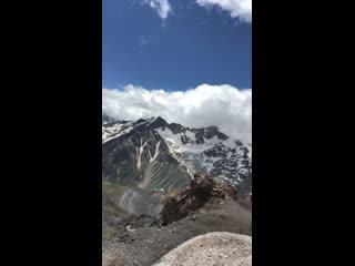 Прошли половину пути. невероятная красота гор.