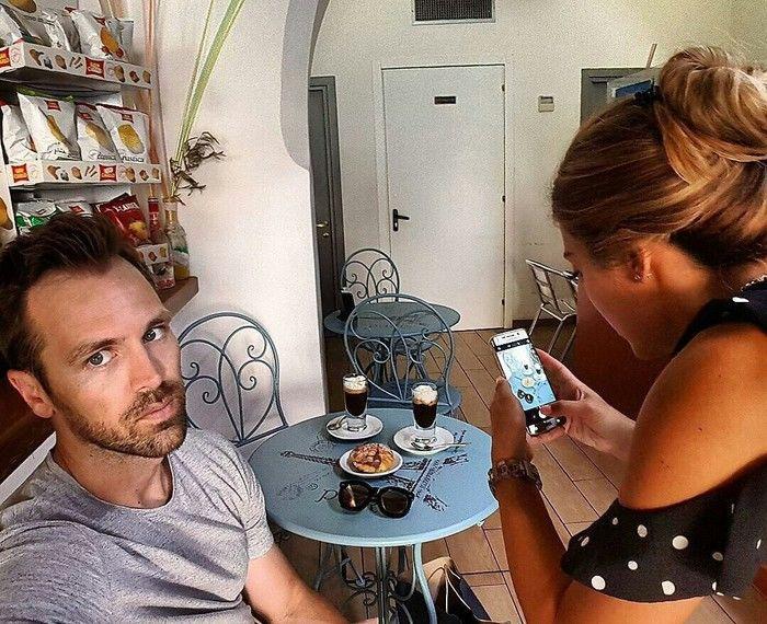 Мужчина показал, как выглядит реальная жизнь с женой-инстраграмщицей