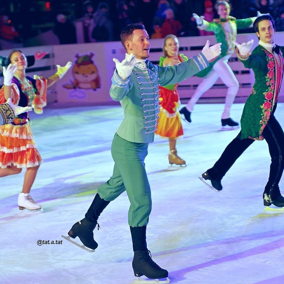 Ледовые шоу-6 - Страница 42 Nu6GU43yMpQ