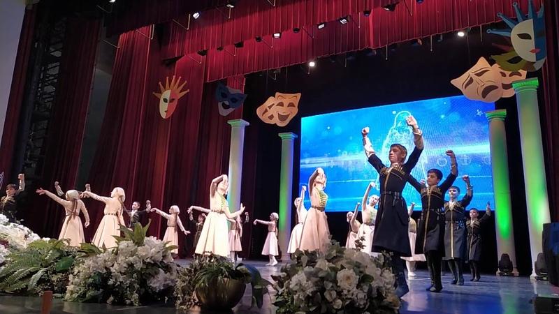 Детский ансамбль Даймохк чеч Отчизна театральный фестиваль Грозный сентябрь 2019