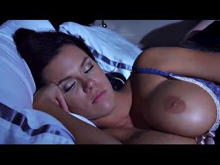 ПОРНО -- ЕЙ 25 -- ПОСЛЕ РАЗВОДА СНЯТЬСЯ ЭРОТИЧЕСКИЕ СНЫ -- porn sex vife Peta Jensen