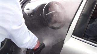 Обработка продуктом Fog с помощью генератор сухого тумана