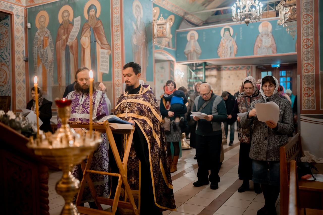 Молебен о семье в храме святых Космы и Дамиана