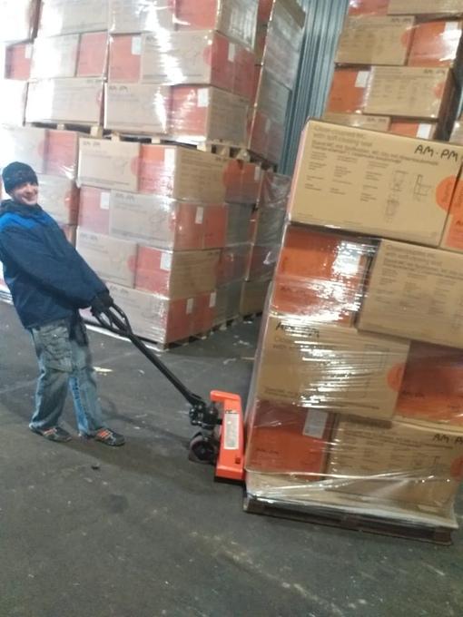 Требуются рабочие для работы на складе ? Звоните! Поможем! Работаем от 2 часов! Нал…. LU7usAYBI6I