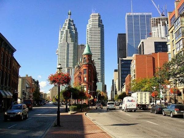 Иммигрируем в Торонто? Впечатления от города.