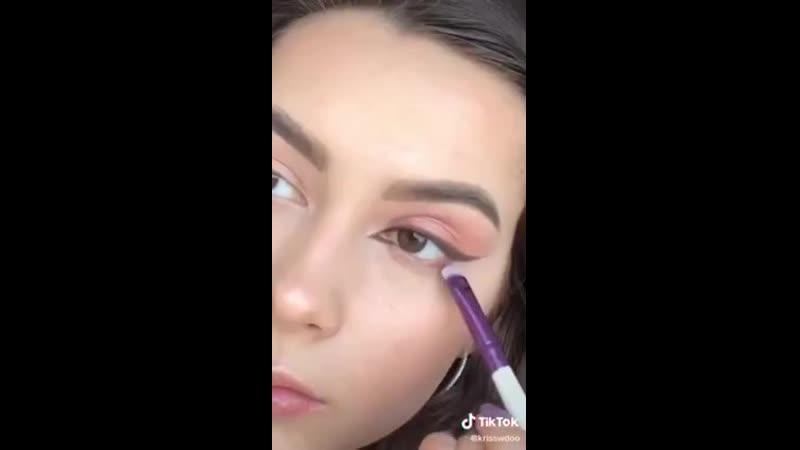 Урок макияжа Рисуем стрелки