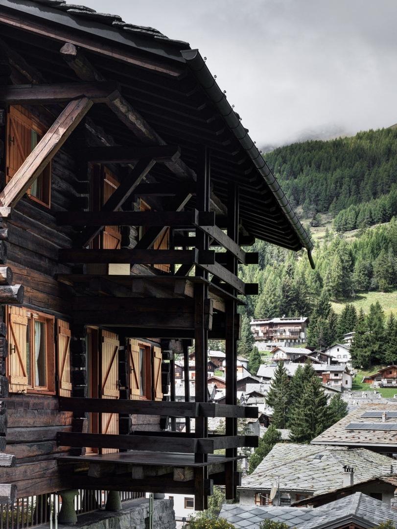 Новые фотографии альпийского домика подизайну Карло Моллино