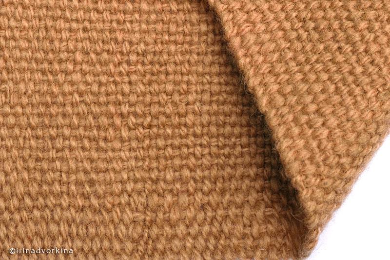 Самое простое и древнее переплетение – полотняное.