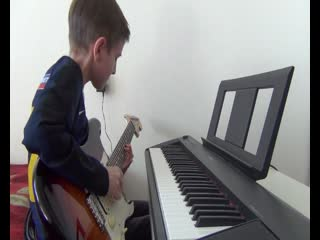 Фантазия на клавишах.Бах.Прелюдия фрагмент.