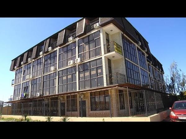 Представители трех самостроев в Сочи отказались сносить лишние этажи ради сохранения объекта в целом