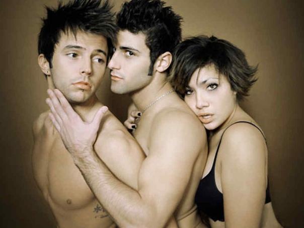 секс втроем два гея и девушка