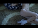 Молоденькая Блондинка в беленьких трусиках танцует стриптиз на вебку