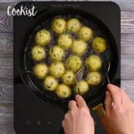 id_20231 Картофельные пончики — необычный вариант закуски 🍴  Автор: Cookist  #gif@bon