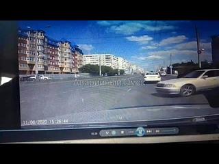 Момент аварии с мотоциклом на 10 лет октября Омск