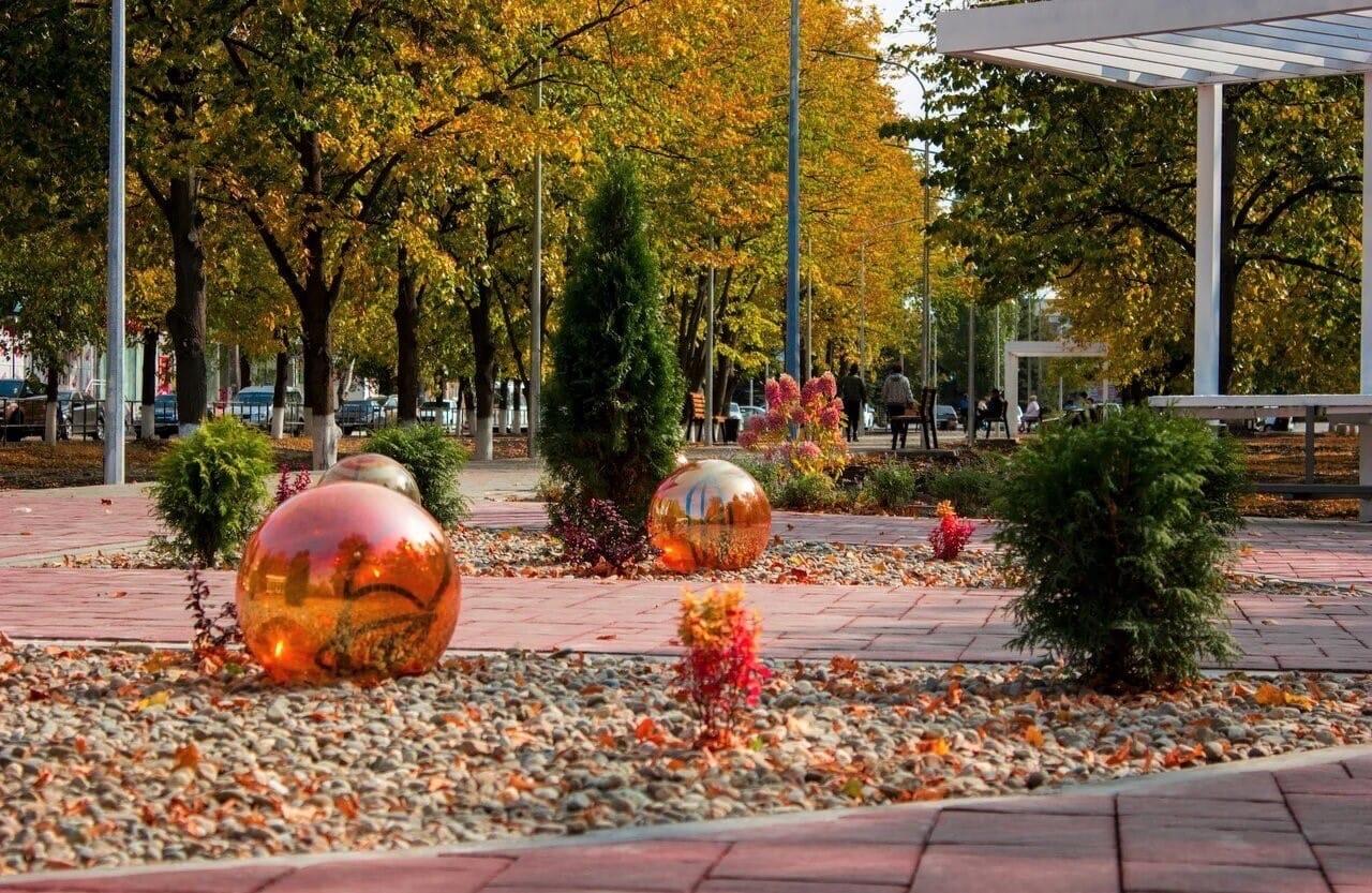 В Саратовской области завершены работы во всех парках, запланированных к благоустройству в этом году.