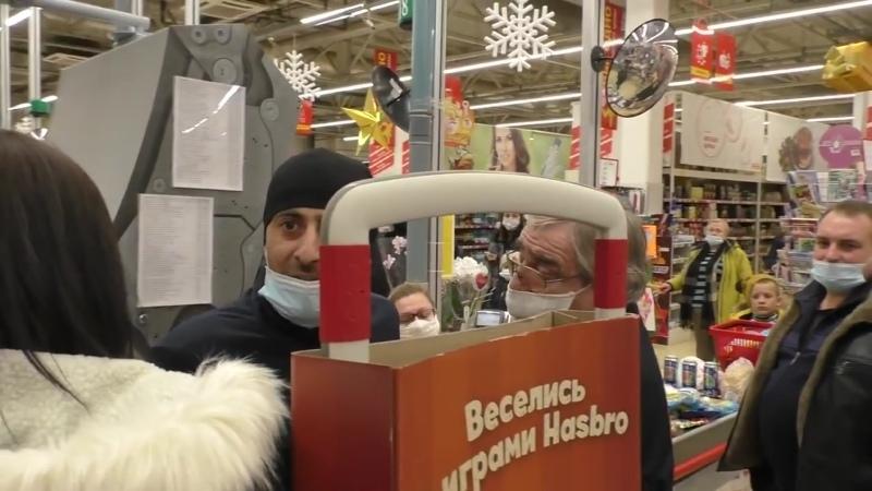 MrRissso Блатной покупатель в Магните устроил представление Охранник навалил в коляску Почему без маска от 28 11 2020