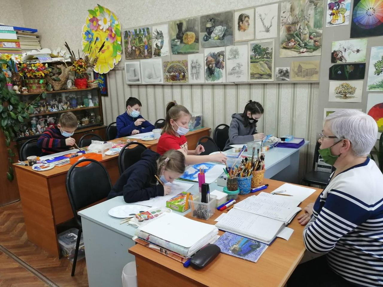 Во всех учреждениях культуры Петровского района возобновили работу творческие студии и кружки по интересам