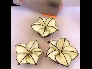 Красивое украшение праздничного стола