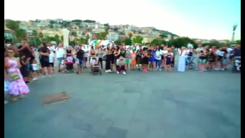 Mr. Saxobeat (Live)Daniele Vitale Sax Feat. Damat Drummer