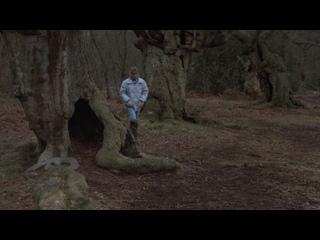 Логово Белого Червя (1988 г., Великобритания, ужасы комедия)