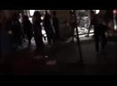 Le magasin Ducati sur les Champs-Élysées vient d'être saccagé et pillé. Un supporter algérien repart avec une moto