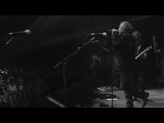 ROBERT PLANT and The Sensational Space Shifters - Spoonful  Live 2013