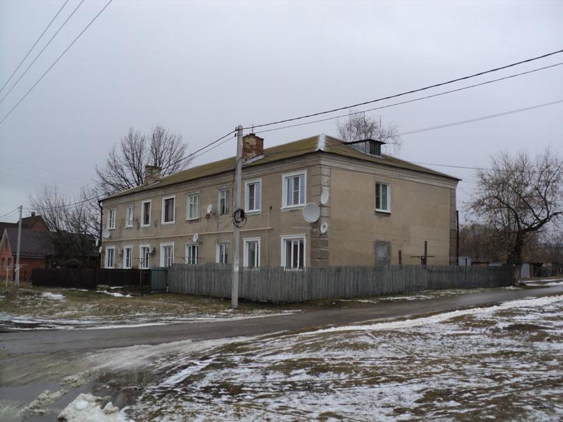 Типовая советская жилая архитектура 50-х годов в Белоомуте., изображение №20