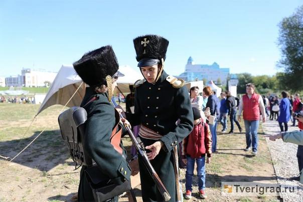 В Твери реконструируют события Отечественной войны...