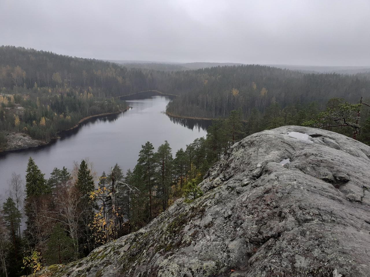 Скалы Треугольного озера. Волшебный край в Ленинградской области