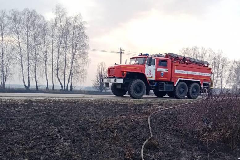 За сутки курские пожарные более 200 раз выезжали по тревоге