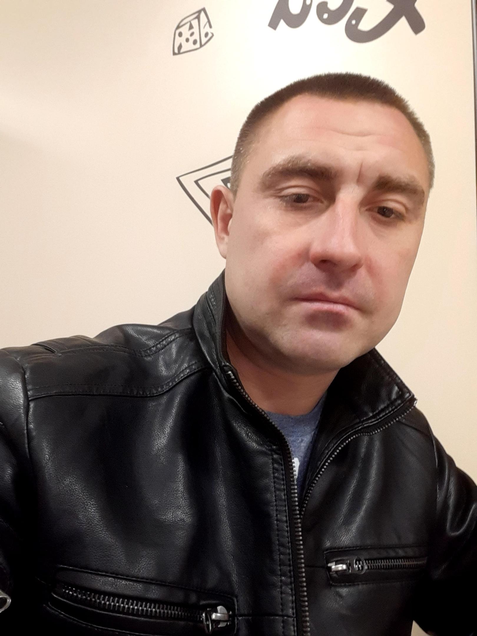 Дмитрий, 32, Horki
