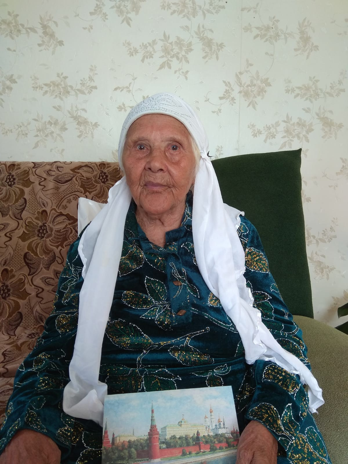 90-летний юбилей отмечает Махрый Миннемуловна Гатауллина -