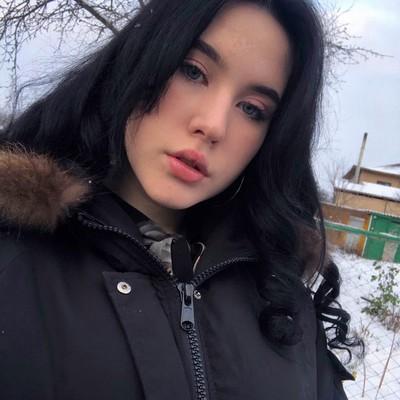 Лилия Лобанова