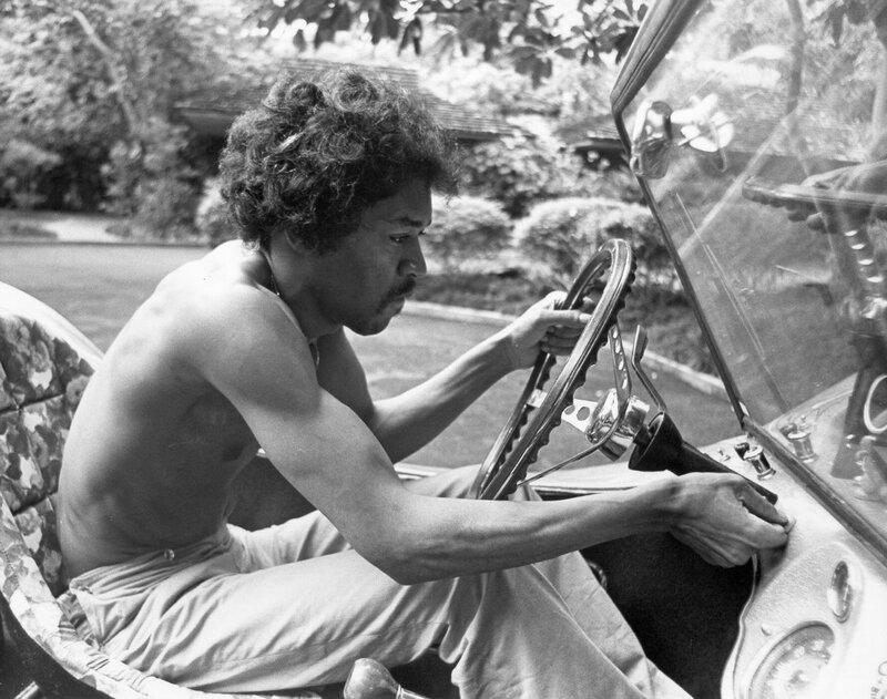 18 сентября 1970 года от передозировки наркотиками в Лондоне скончался Джими Хен...